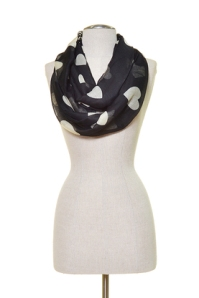 heart scarf belladulce clothing